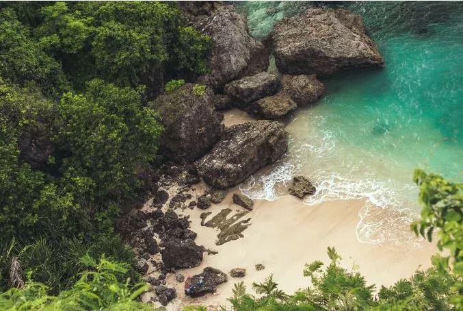 islandBlueGreen.JPG
